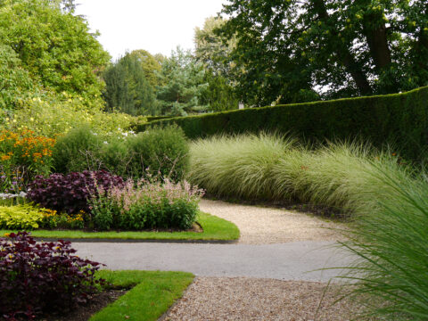 Ende des Mauergartens, Nymans Gardens
