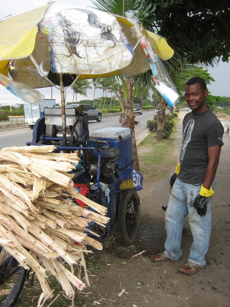 Zuckerrohr-Presse auf dem Fahrrad in Santo Domingo