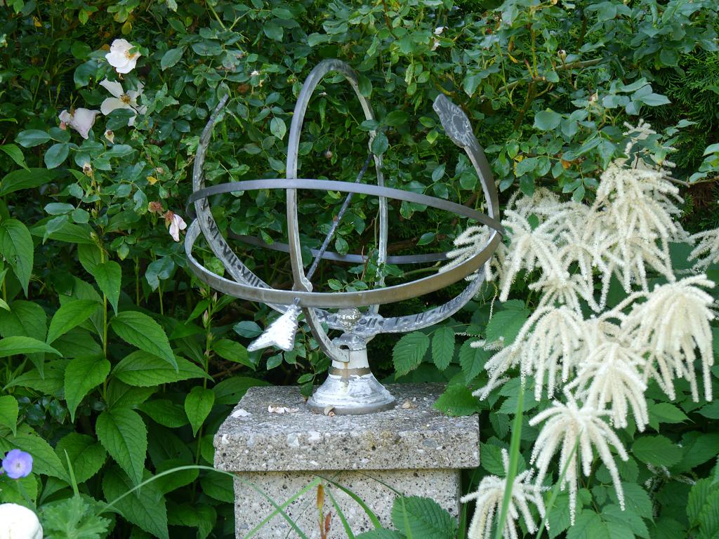 In der Mondschein-Allee, Garten Petra Steiner