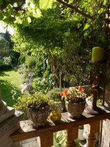 Die Balustrade der Weinlaube, Garten Petra Steiner