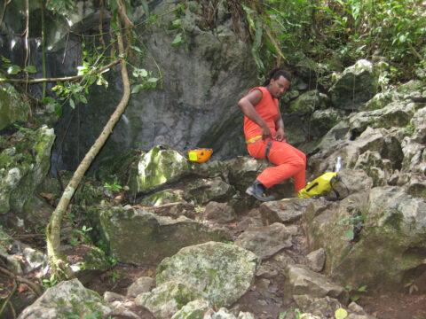Am Eingang zur Fun Fun Höhle in der Dominikanischen Republik