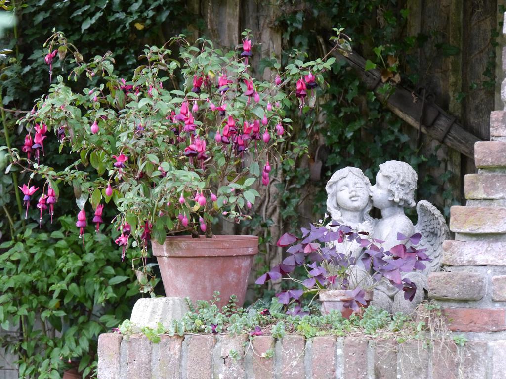 Liebevoller Schmuck im Moorjuwel, Hedwig Weerts