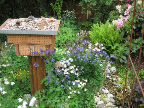 Insektenhotel in Wurzerls Garten