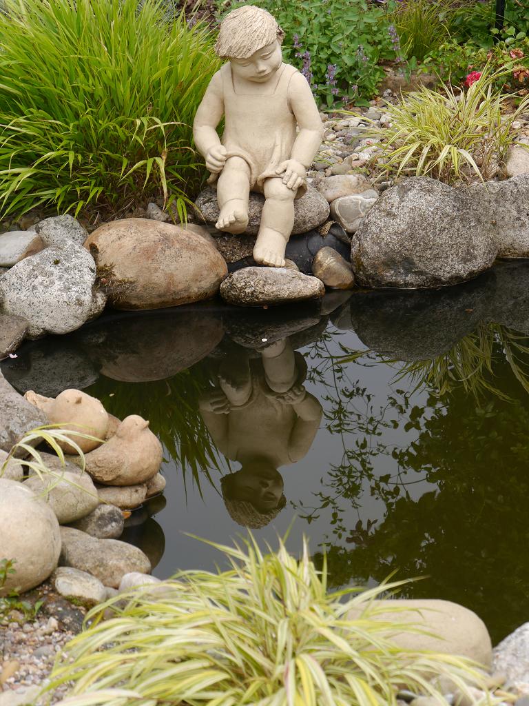 Am Teich im Künstlergarten Gertrud Lothwesen
