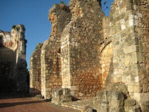 Ruine San Francisco, Santo Domingo