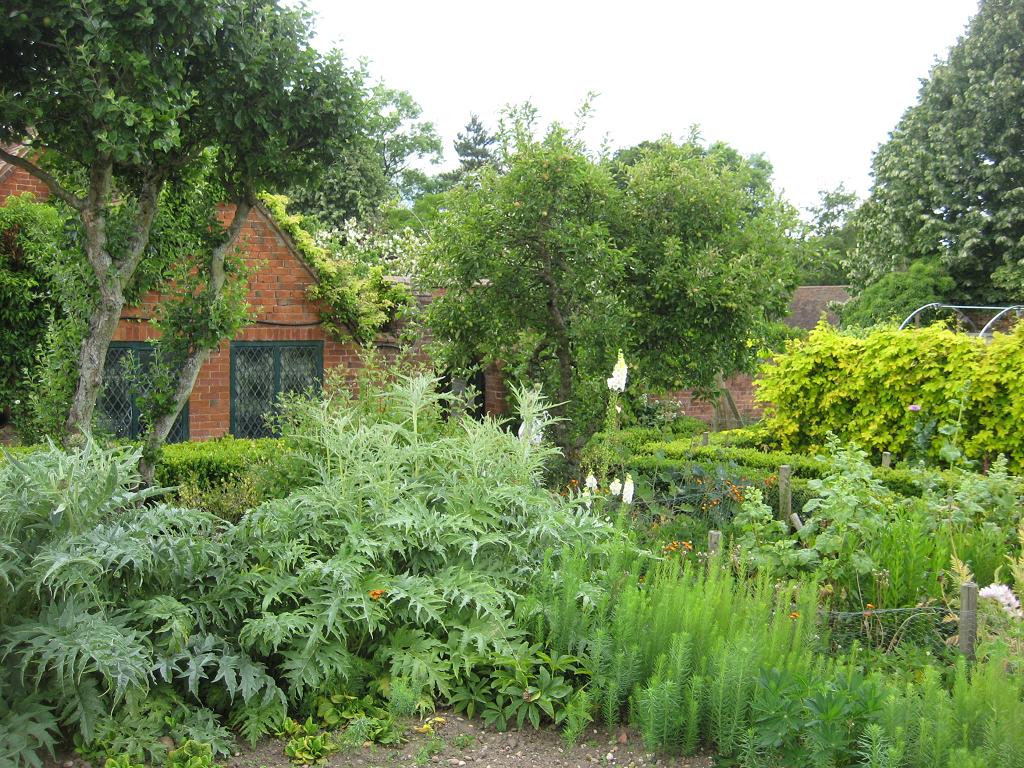 Im Küchengarten, Kitchen Garden, Packwood House