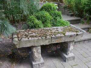 Steinbank, Garten Erna de Wolff