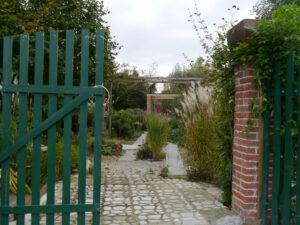 Rückwertiger Ausgang, Garten Erna de Wolff