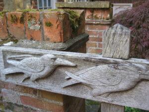 Holzdetail im Zugang zum ehemaligen Mitgifthaus in Greys Court