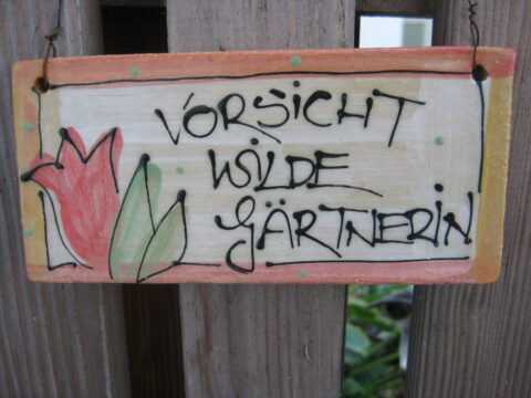 Schild am Eingang von Wurzerlsgarten