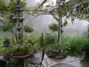 Starkregen in Wurzerlsgarten