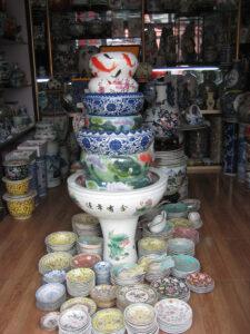 Kleine Läden in der Altstadt Shanghais