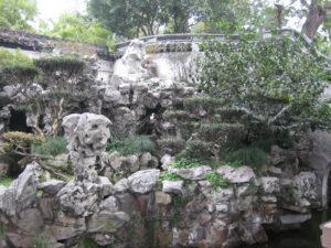 Steinformationen vor der Drachenmauer im Yu Garden, Yu Yuang, Shanghai