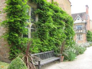 Zugang zum Courtyard von Coughton Court